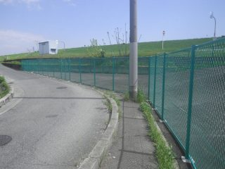 立入防止フェンスを設置致しました。-大阪市内-